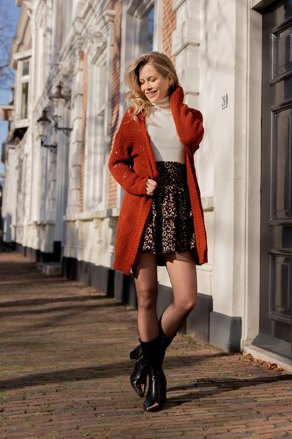 Amy-leopard-skirt-1