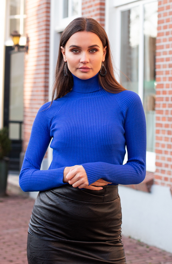 Annelot-Sweater-Royalblue-1-1