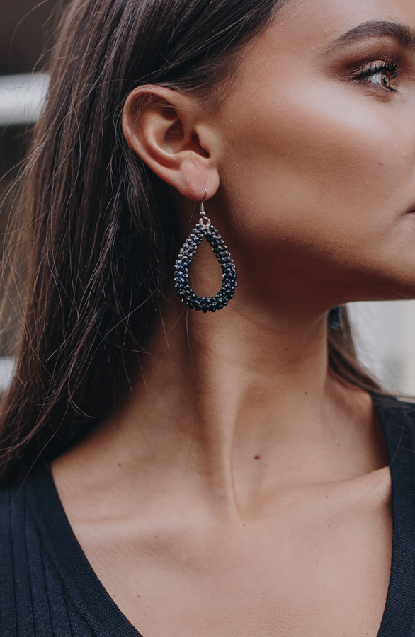 Bella-Oval-Earrings-Black-2-1