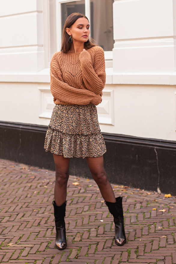 Julie-Leopard-Skirt-2