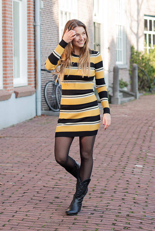 Lexi-Dress-Oker-2