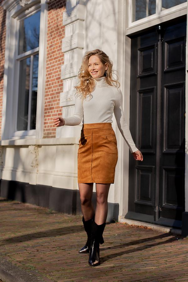 Mila-skirt-cognac-1