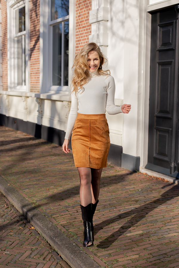 Mila-skirt-cognac-2