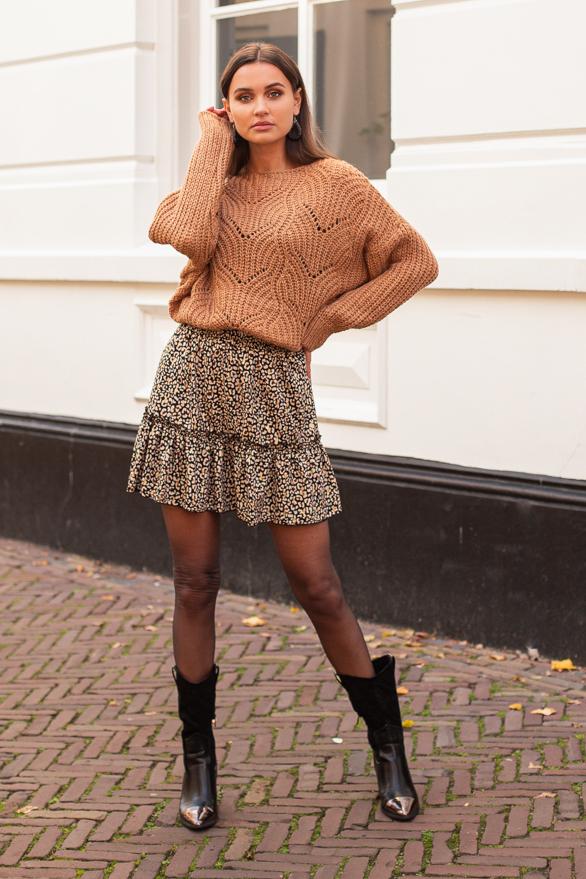 Yara-Sweater-Camel-1-1