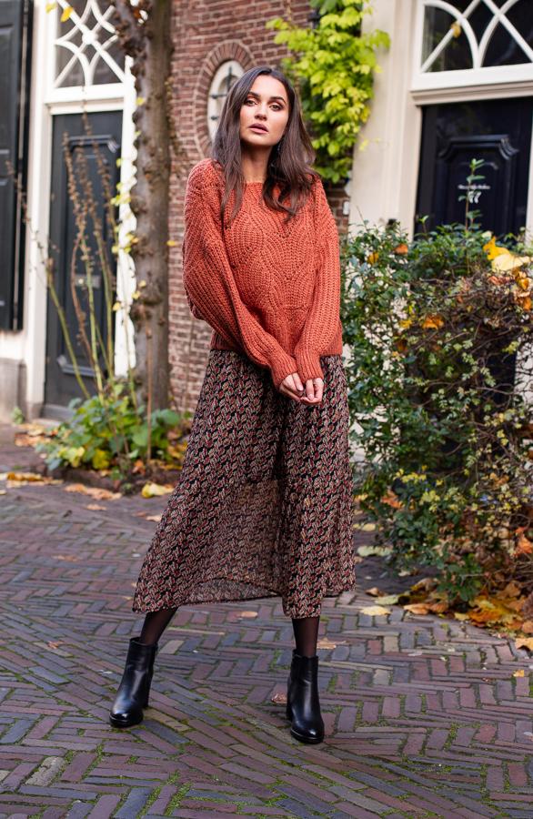 Yara-Sweater-Terracotta-3