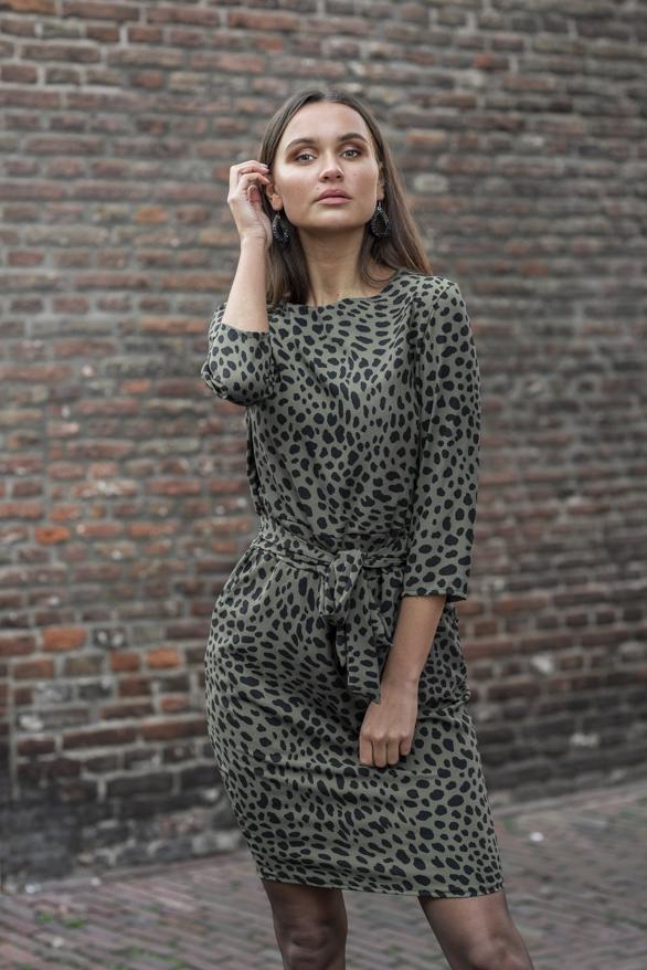 Anna-Strikjurk-Cheetah-Groen-1