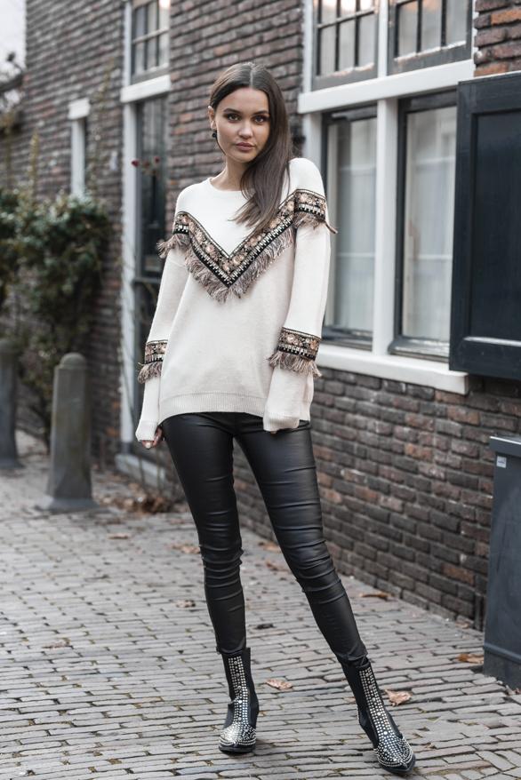 Bella-Boho-Sweater-Creme-2-1