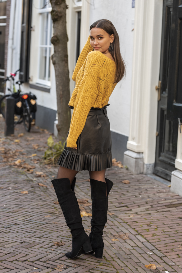 Camila-Leren-Rok-Zwart-8