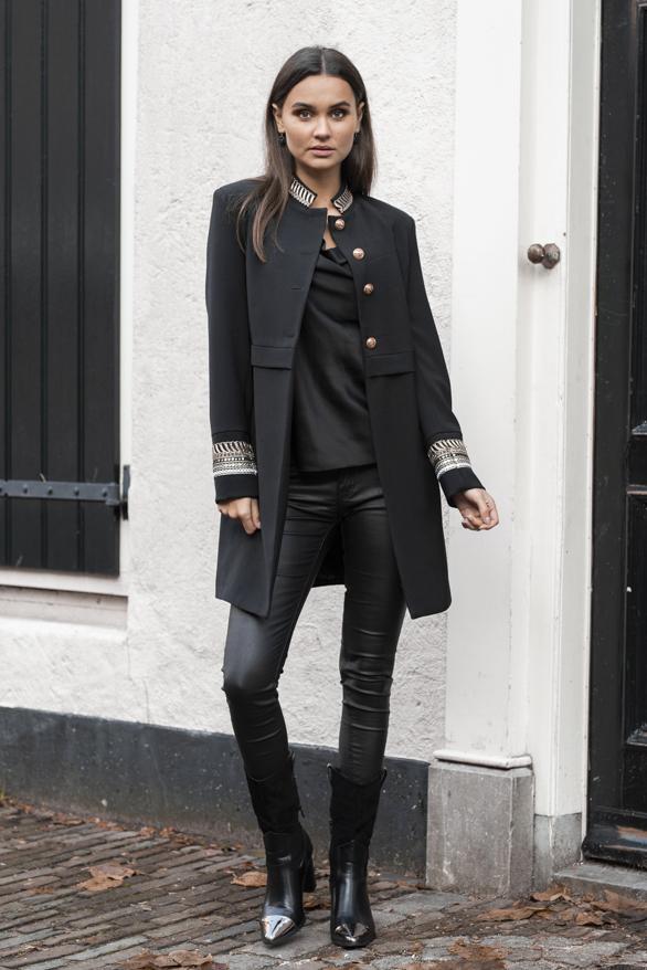 Gigi-Luxury-Coat-Black-1