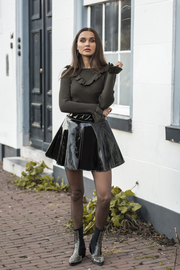 Kaylee-Lak-Rok-Zwart-1