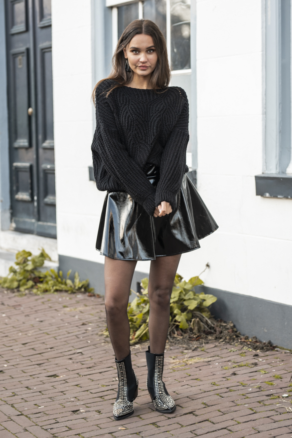 Kaylee-Lak-Rok-Zwart-3