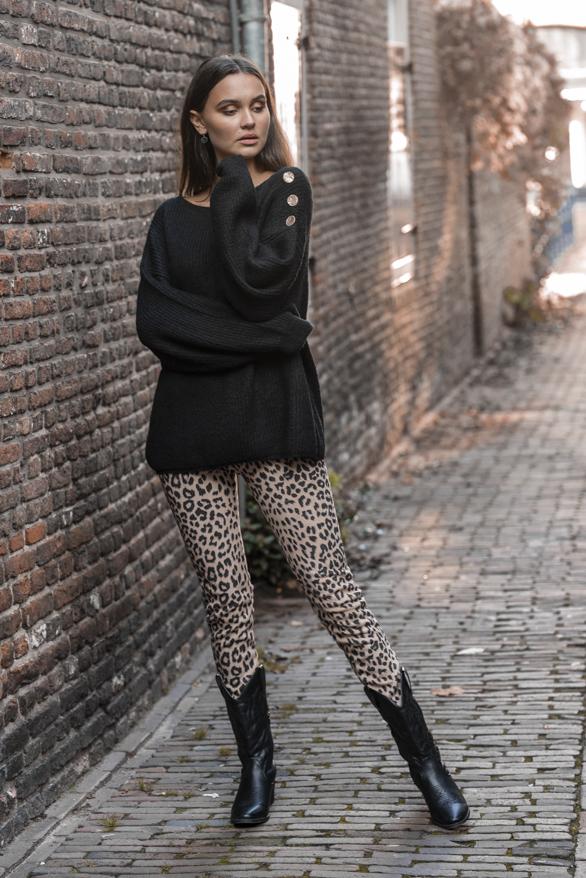 Silva-Button-Sweater-Black-3