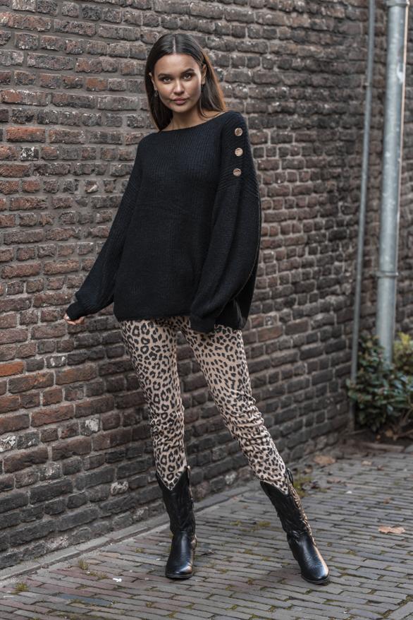 Silva-Button-Sweater-Black-5