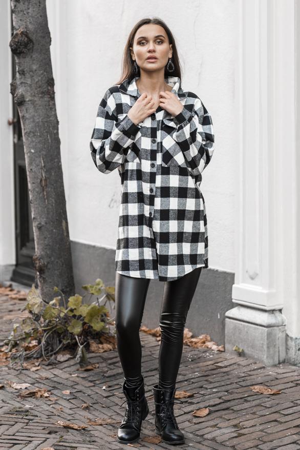 Zoey-Geblokte-Blouse-Zwart-Wit-1