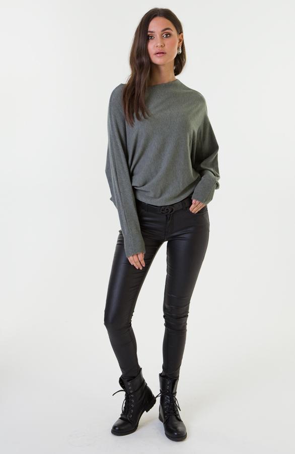 Debby-Sweater-Legergroen-2