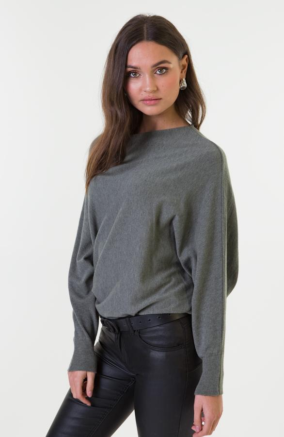 Debby-Sweater-Legergroen-3